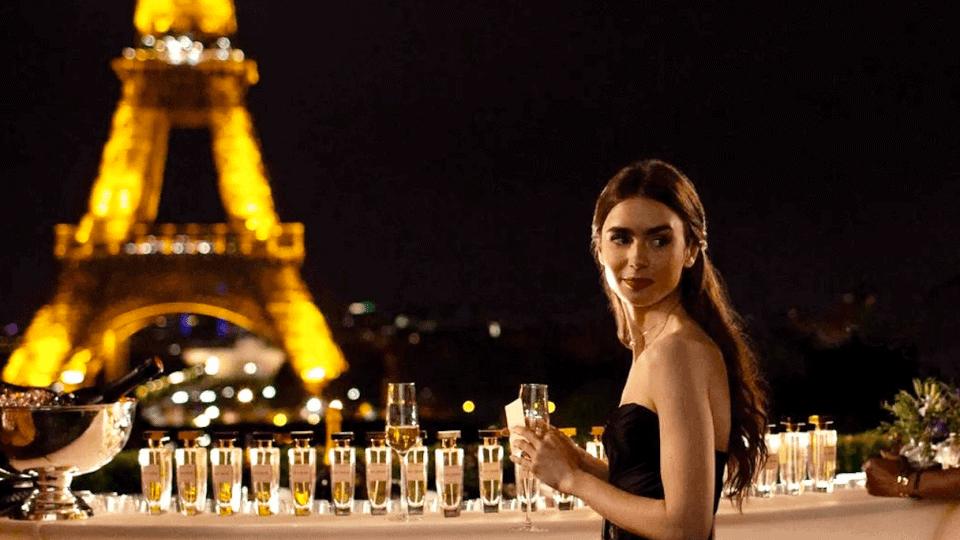 El creador de Sex and the city estrenará Emily in Paris una serie sobre las aventuras de una joven estadounidense en Francia 3