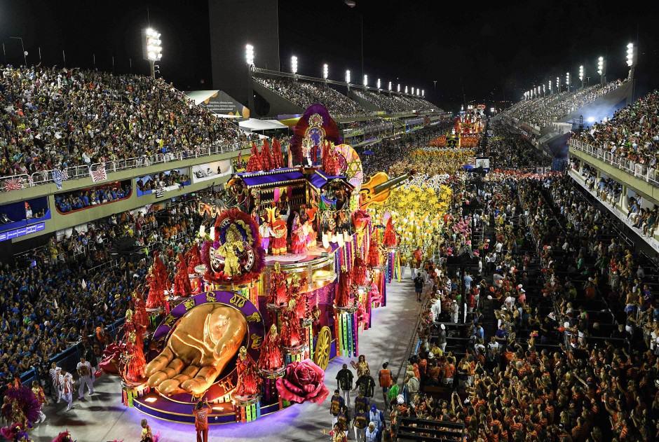 A falta de un tratamiento efectivo contra el Covid-19, podrían postergar el Carnaval de Río de Janeiro 2
