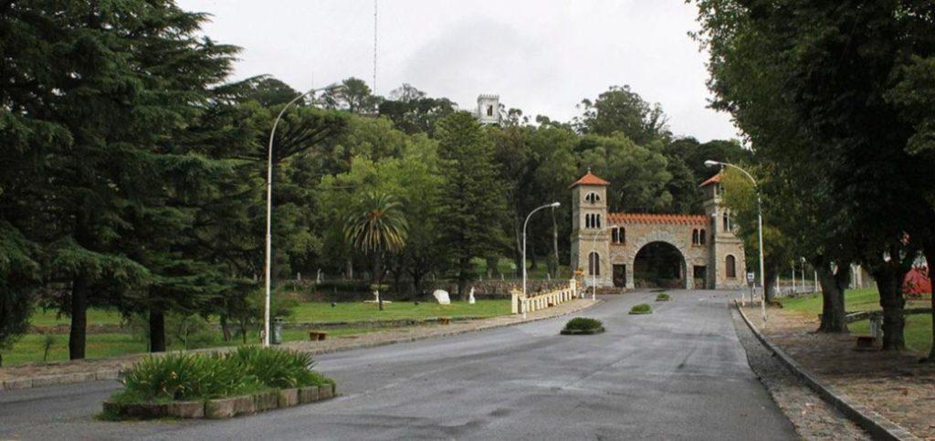 imagen temporada turística en la provincia de Buenos Aires tandil parque independencia