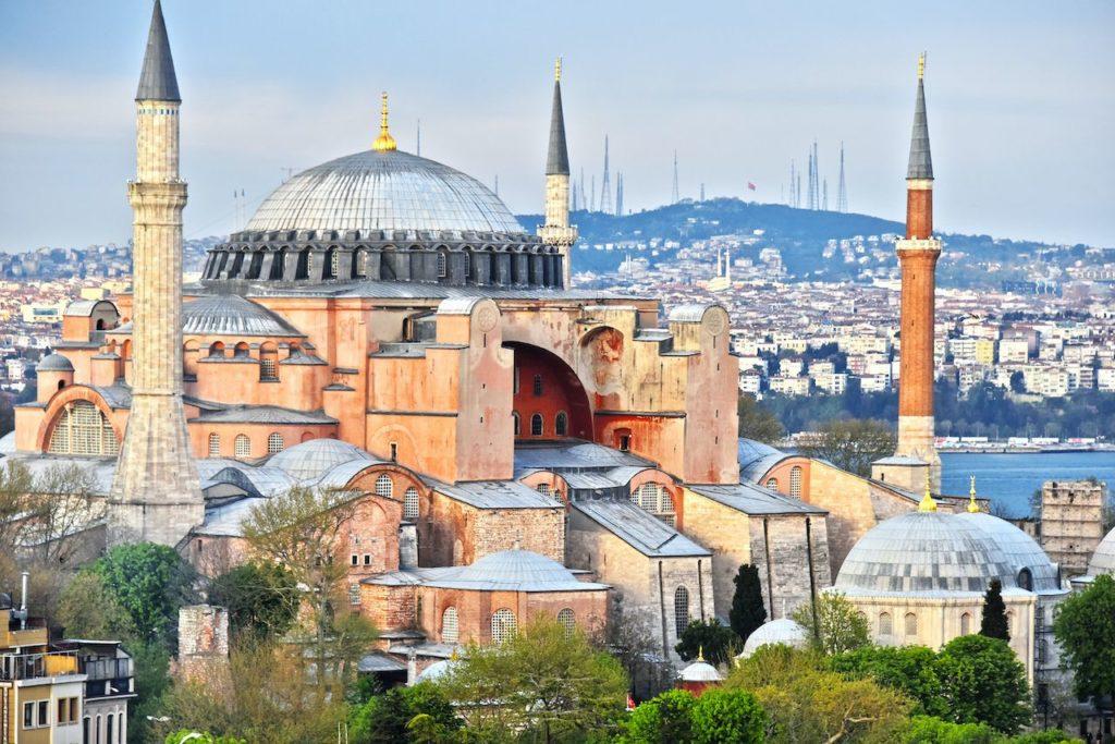 Hagia Sophia de Estambul se convertirá en una mezquita