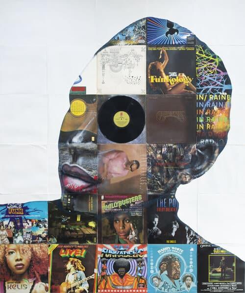 Nick Gentry, el artista británico que utiliza y recicla objetos en desuso para crear sus impresionantes obras