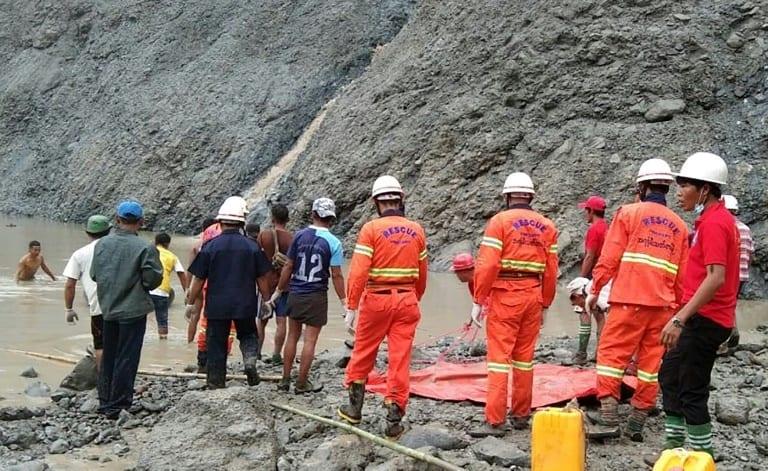 Deslizamiento de terreno en minas de Birmania