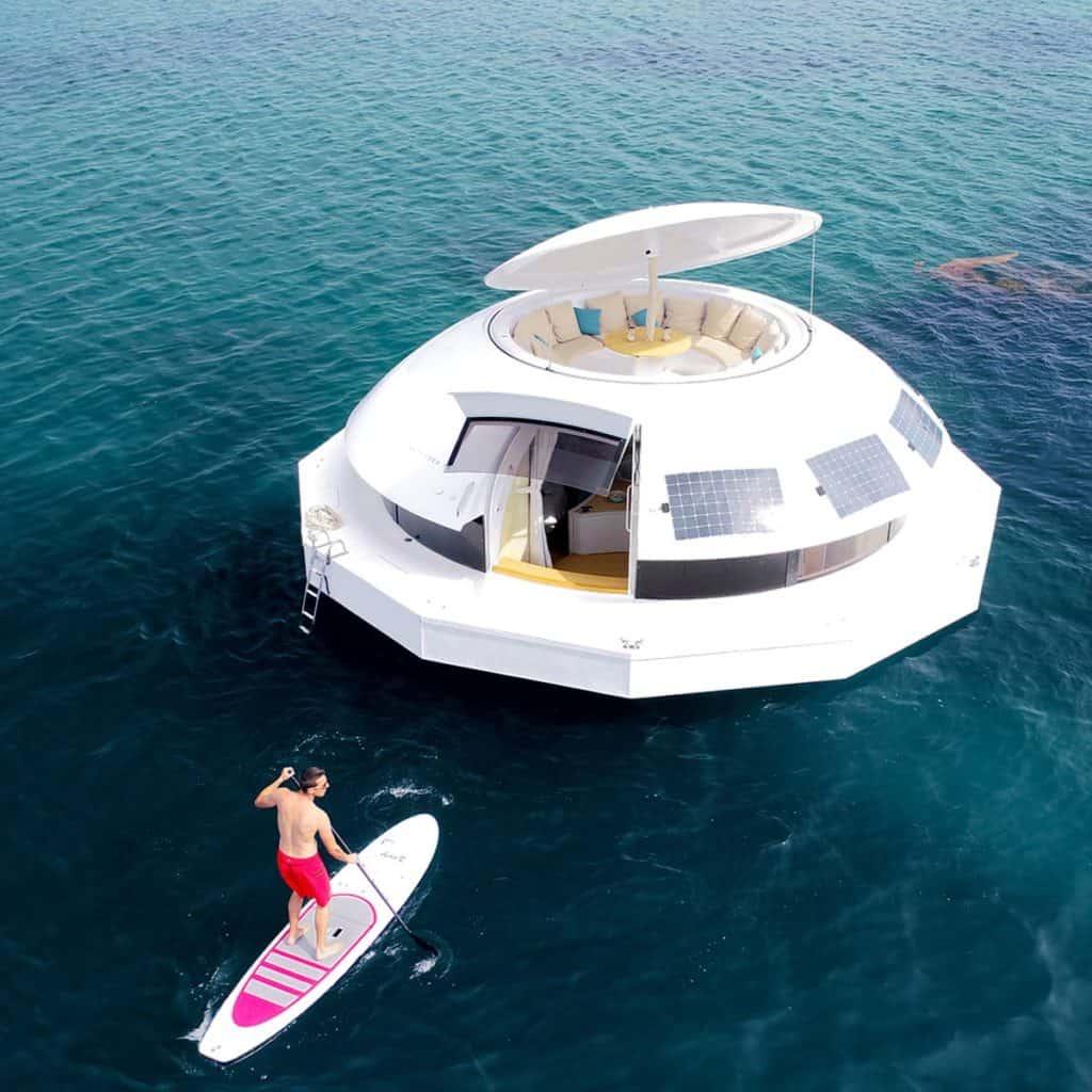 suite de hotel flotante