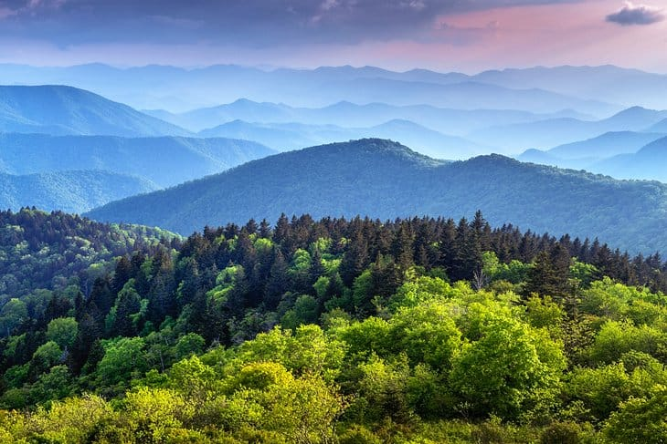 paisaje del Parque Nacional de las Grandes Montañas Humeantes