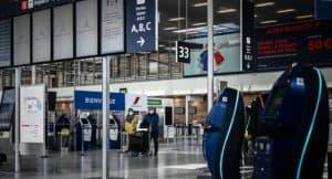 Francia pide test negativo de covid-19 para ingresar al país