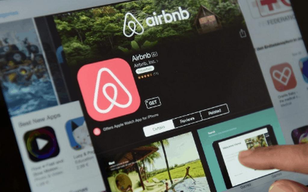 Airbnb prohíbe la organización de fiestas en sus alojamientos por tiempo indefinido