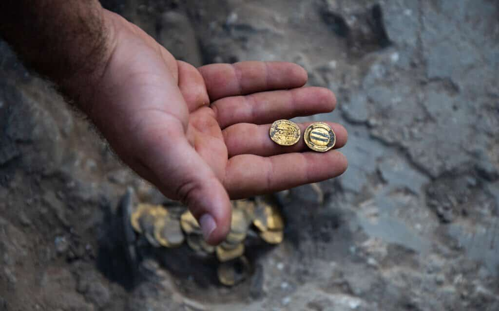Monedas de oro en buen estado