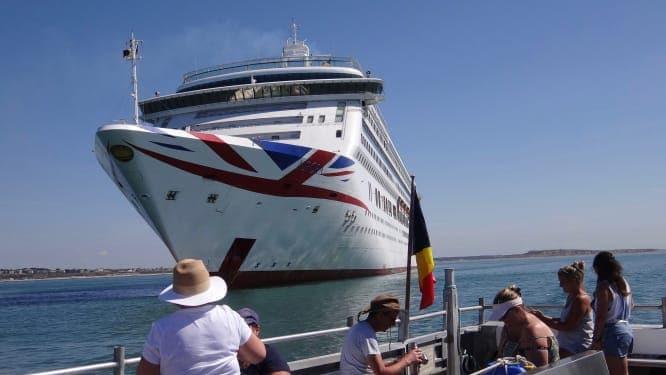 Los cruceros vacíos se convirtieron en la nueva atracción del Canal de la Mancha
