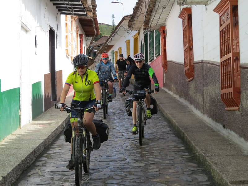 Recorrer Colombia en bicicleta: estos son cinco de los mejores circuitos para realizar en dos ruedas