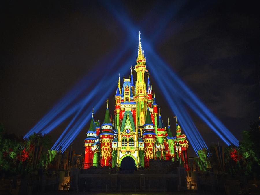Disney cancelará desfiles y shows por Navidad con motivo de proteger la salud y la seguridad de sus visitantes