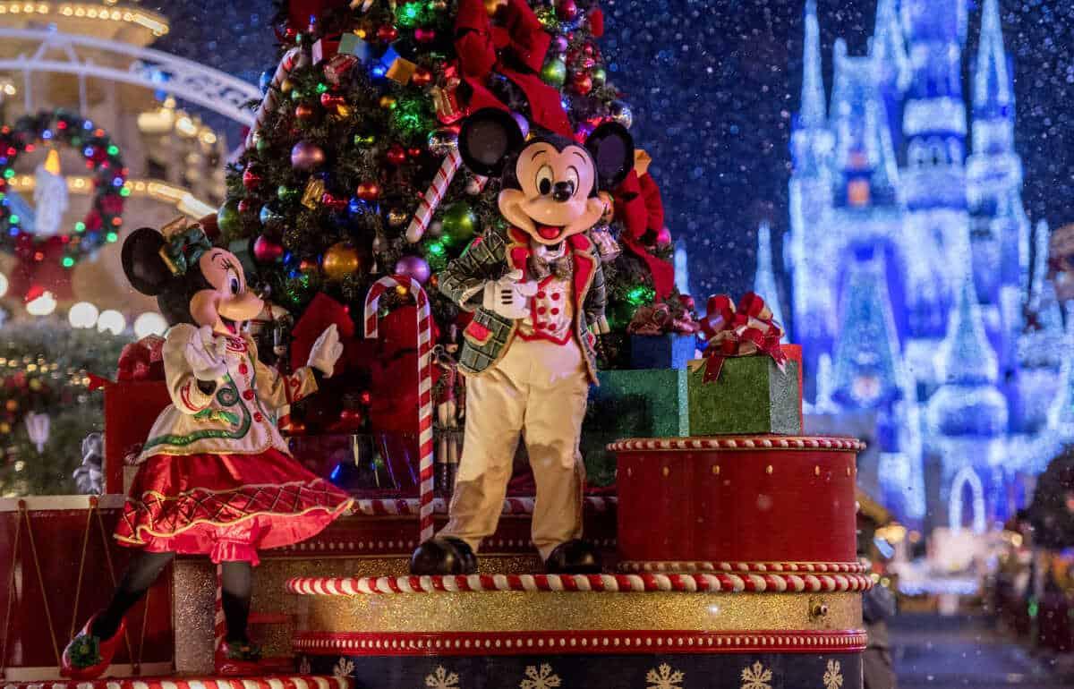 Disney cancela algunas de las celebraciones por Navidad con motivo de proteger la salud y la seguridad de sus visitantes