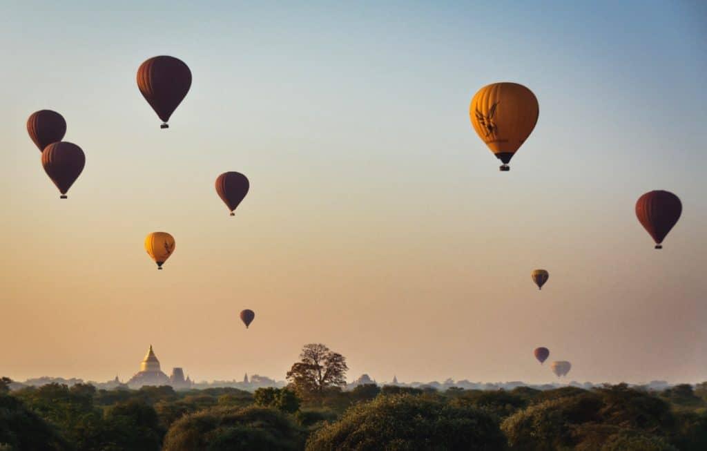 myanmar globos amanecer 2