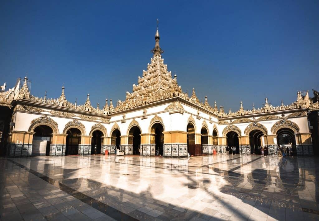 templo sin turistas myanmar
