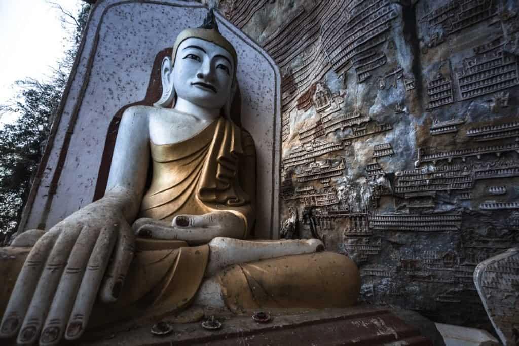 myanmar statue monk