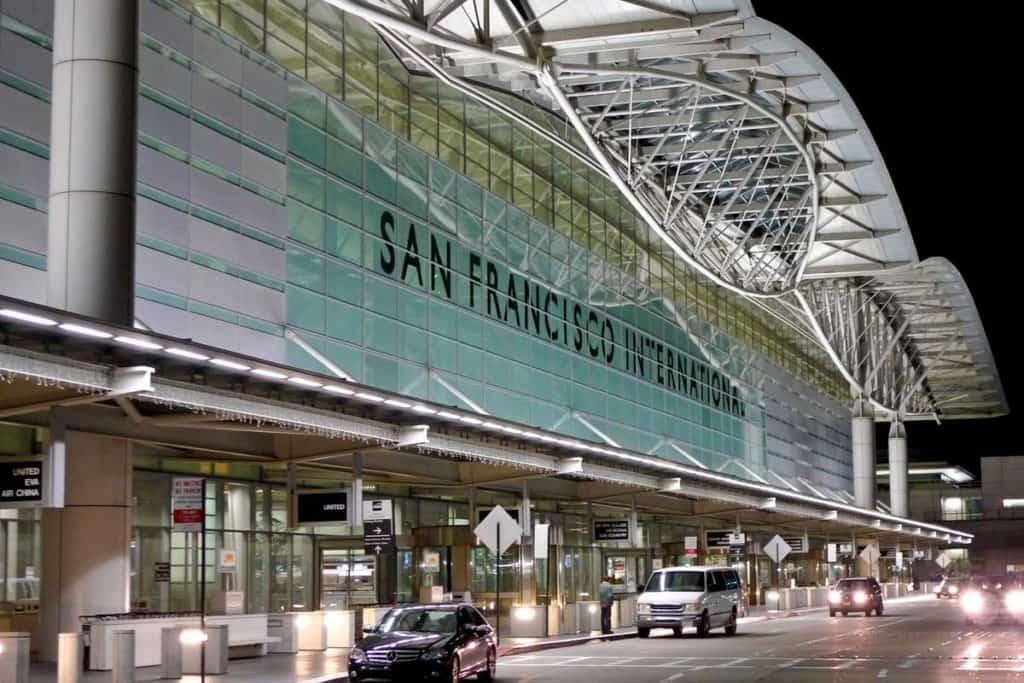 """El aeropuerto de San Francisco cumple con el programa """"Aeropuerto silencioso"""" reduciendo la cantidad de ruido de dentro de las terminales"""