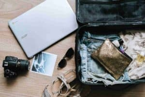 Cosas que debería llevar en el equipaje un viajero responsable