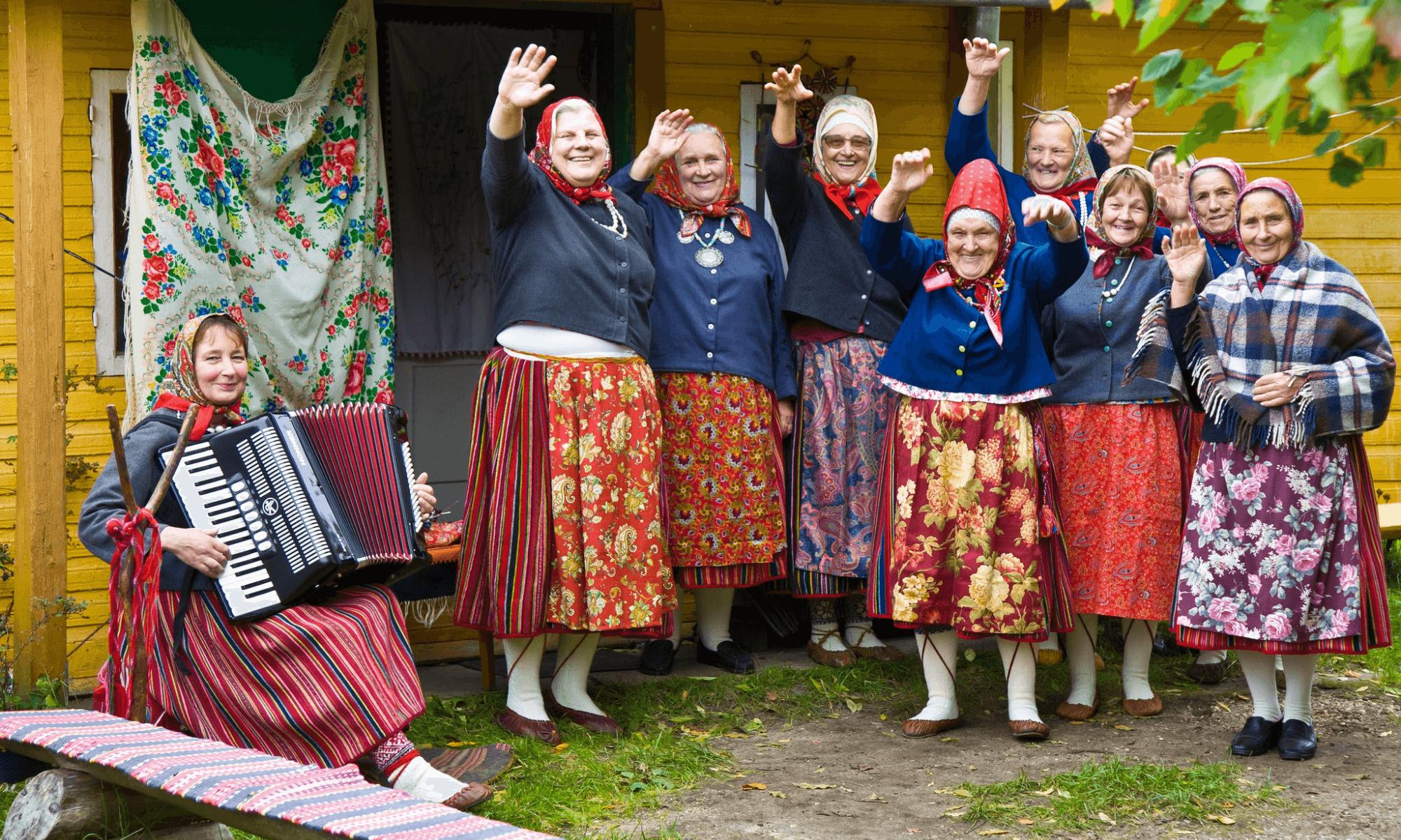 Kihnu la última sociedad matriarcal de Europa que se alza al turismo por su poder femenino 1