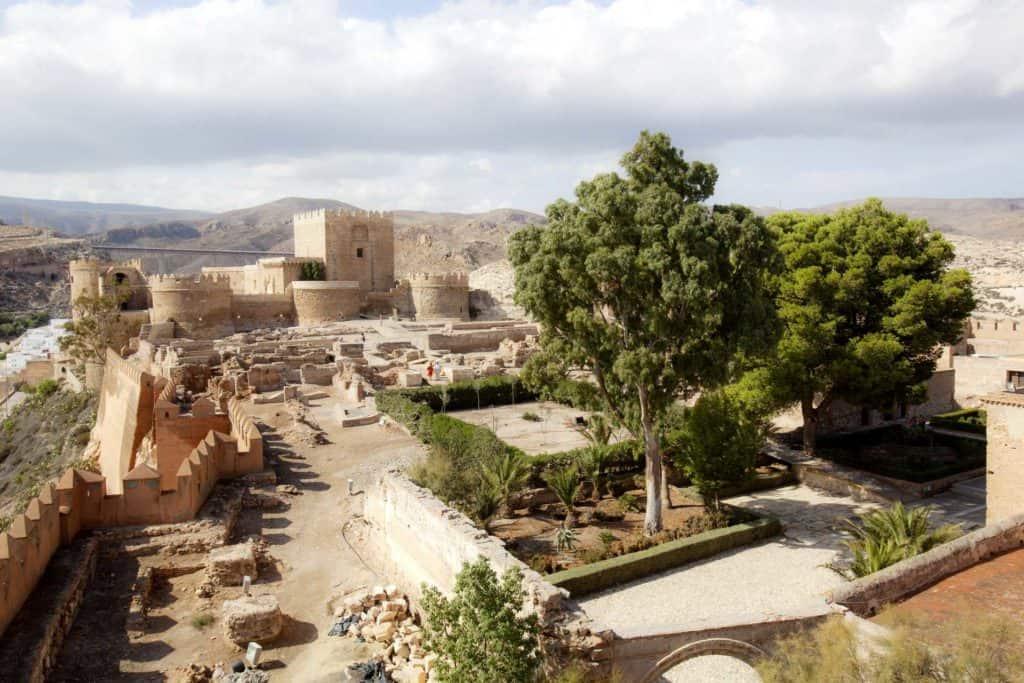 8 lugares para vivir un amor de primavera con Andalucía, una de las regiones más fascinantes de España