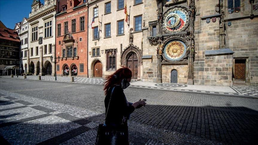 República Checa anuncia toque de queda en bares y restaurantes ante el aumento de casos de coronavirus