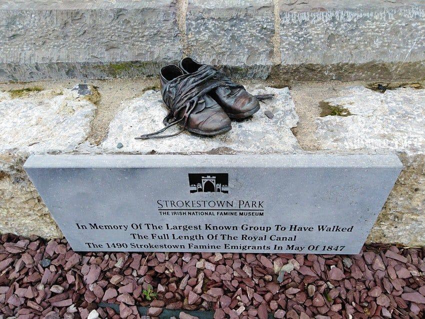 Este recorrido en Irlanda sigue el camino que hicieron las personas que emigraron hacia Estados Unidos y Canadá en 1847