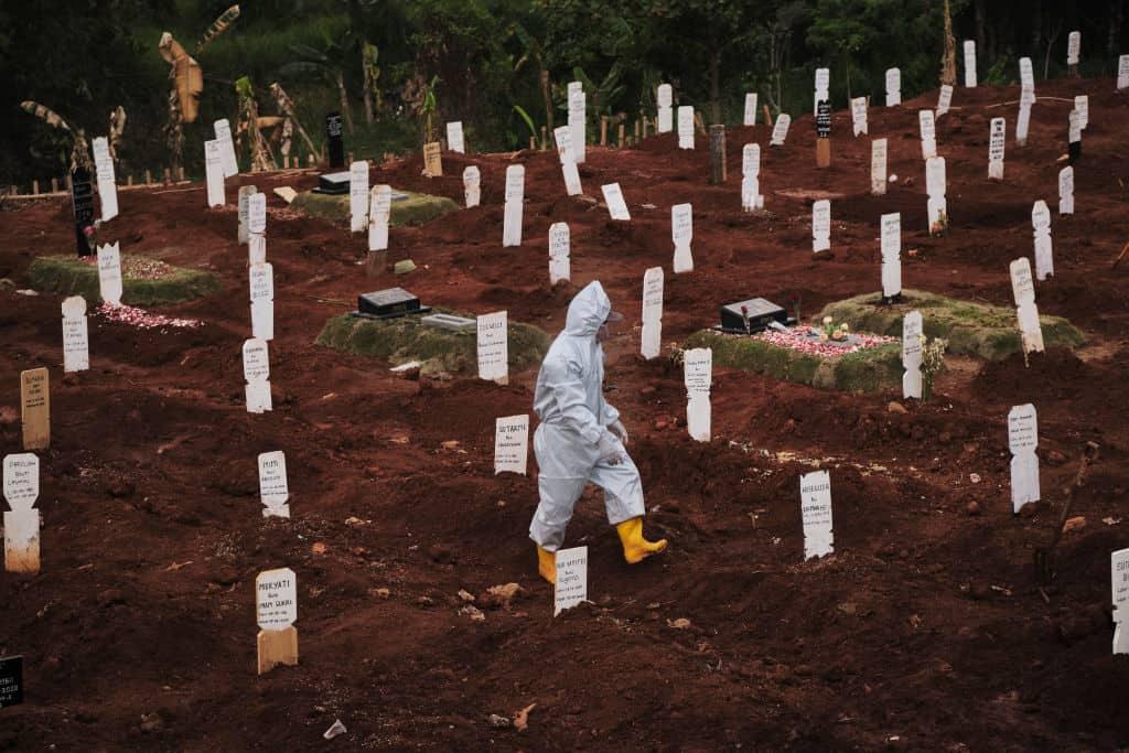Más de 1 millón de personas fallecieron por causa de COVID-19 alrededor del mundo