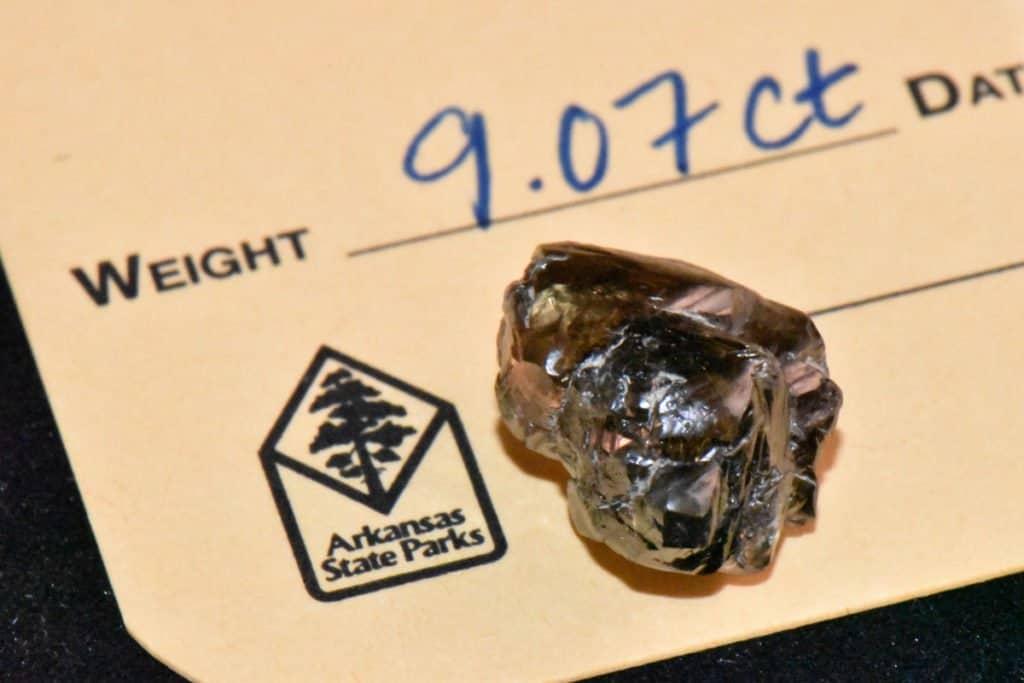 Un hombre encontró un diamante de 9 quilates en un parque estatal de Arkansas, Estados Unidos
