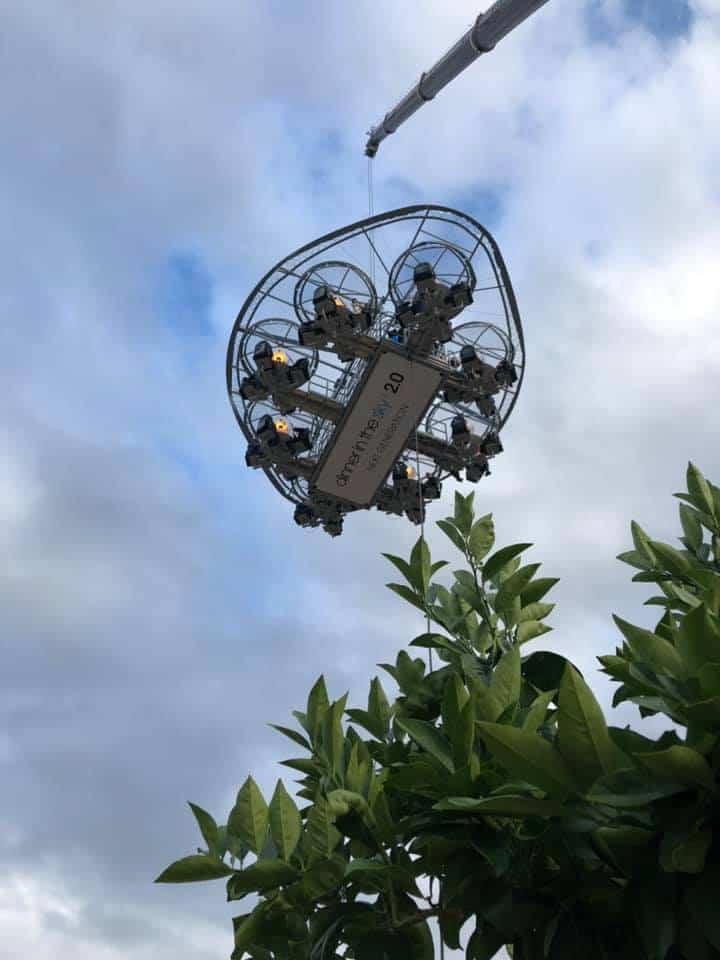 Bruselas relanza la experiencia Dinner in the Sky a 50 metros sobre el suelo y con el distanciamiento social recomendado