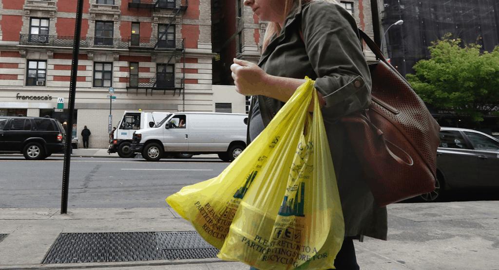Nueva Jersey votó una ley para prohibir el uso de las bolsas de plástico... ¡y de las bolsas de papel también!
