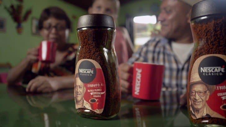 Nescafé reconoce en sus etiquetas a caficultores que trabajan detrás de la producción del café