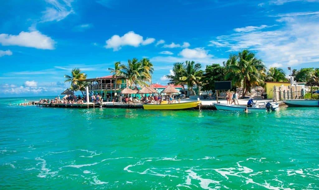 Belice Oficialmente Abrió Sus Fronteras Para Viajeros Internacionales Y Desarrolló Un Programa Para El Turismo