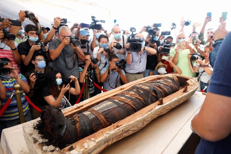 En Egipto revelaron una colección de 59 sarcófagos que datan desde hace más de 2500 años