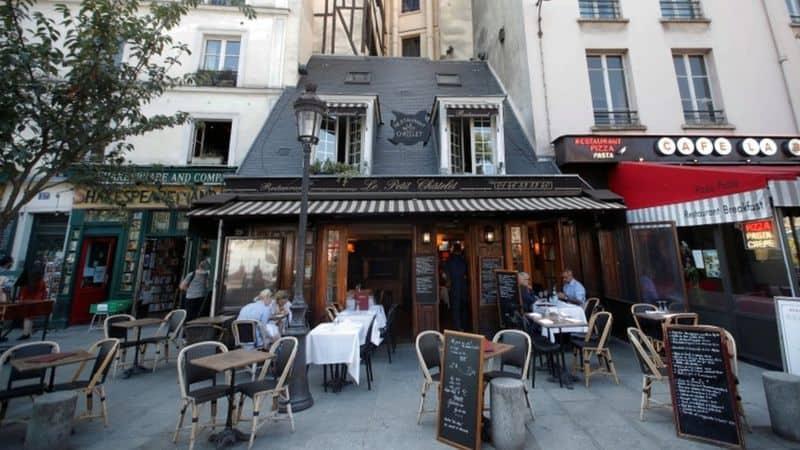 Francia: bares de París cerrarán a partir del martes debido a que la ciudad se encuentra en alerta máxima por COVID-19