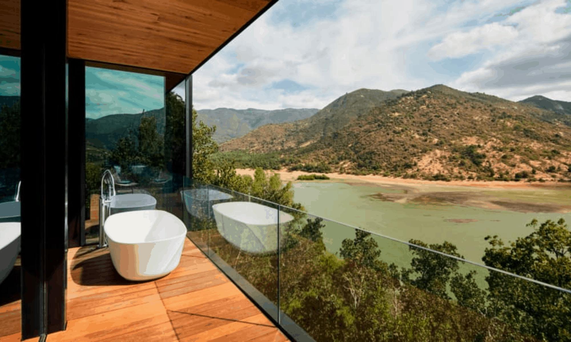 Villas de cristal una particular propuesta de hospedaje en los acantilados del Valle de Millahue en Chile 1