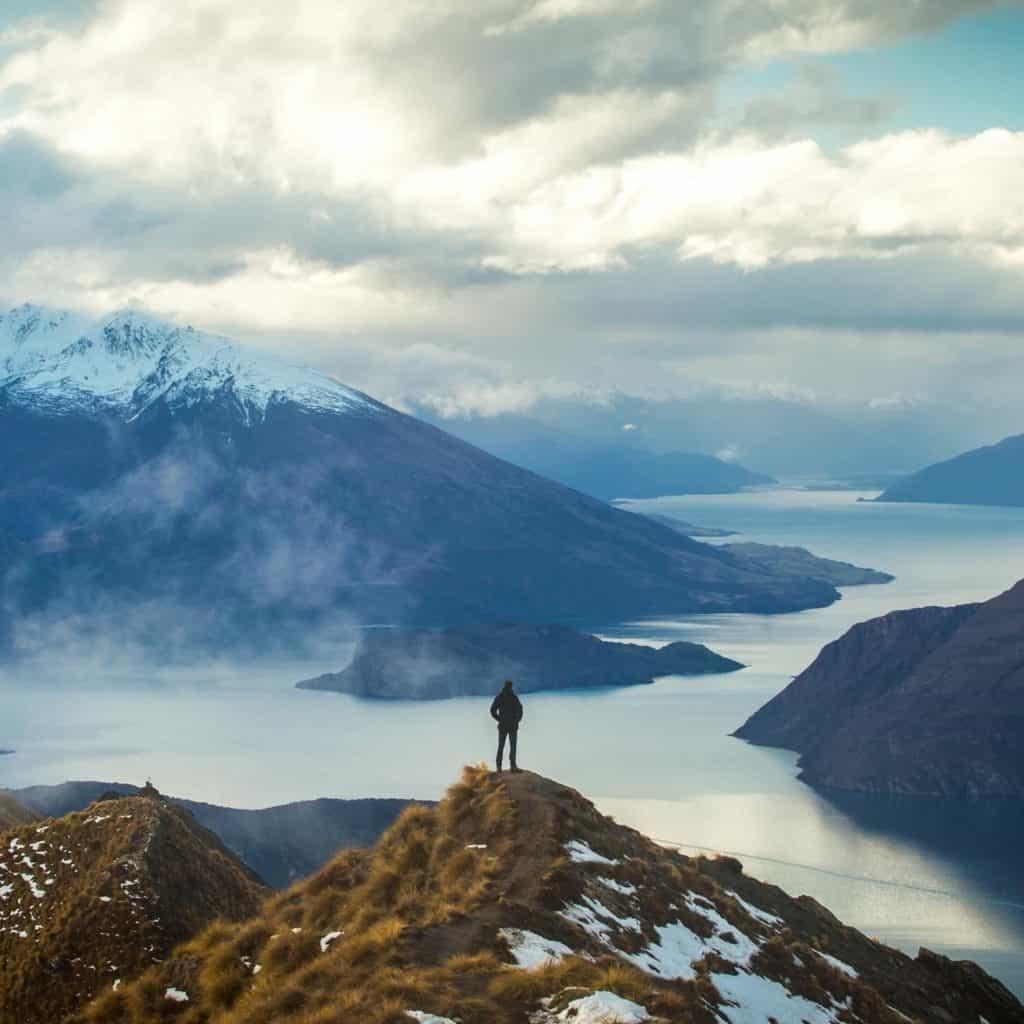 Nueva Zelanda transmitirá una clase de yoga virtual desde Glendhu Bay, Lake Wānaka