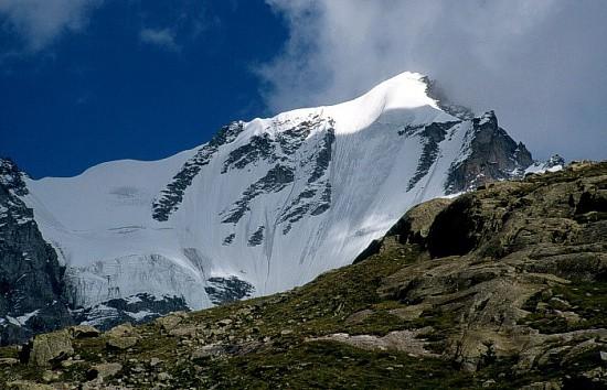 montañas de los Alpes Gran Paradiso