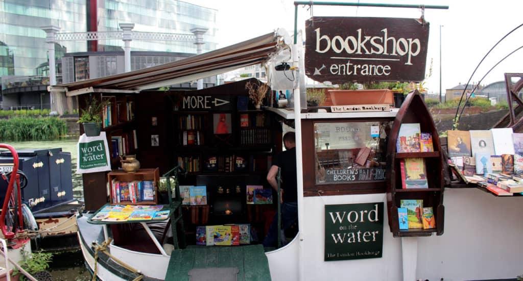 Cómo llegar a Word On The Water: la biblioteca más friendly de Londres que emerge en un barco plagado de libros