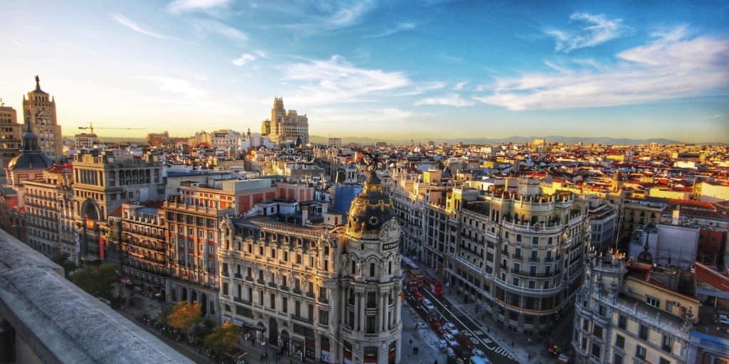 COVID-19 en España: Decretan un segundo estado de alarma con un toque de queda nocturno por los próximos quince días