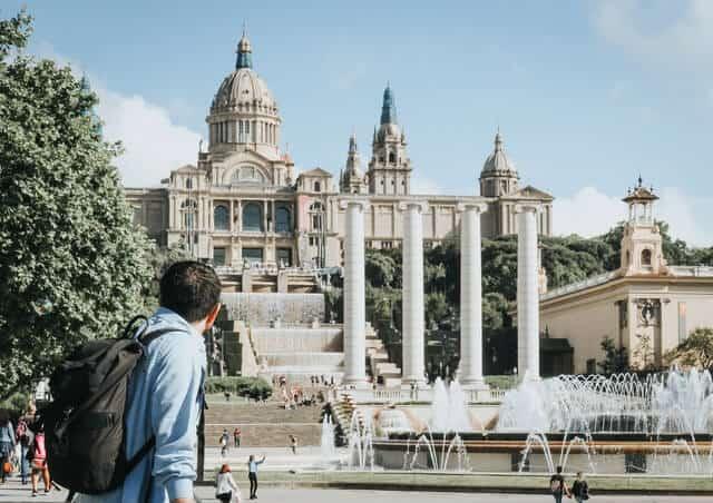 imagen Barcelona por menos de 10 euros kristijan arsov x CCIjvE2Xk unsplash 1