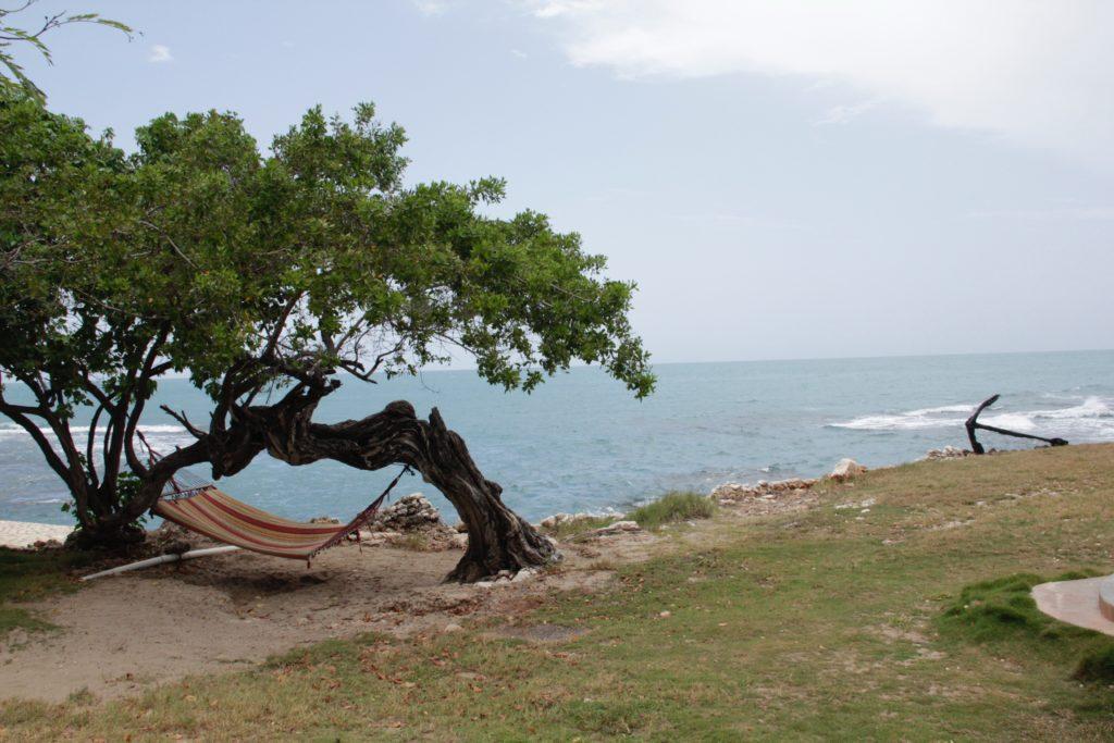 """Jamaica lanzó """"Jamaica Cares"""", un programa que establece un servicio de emergencias para turistas"""