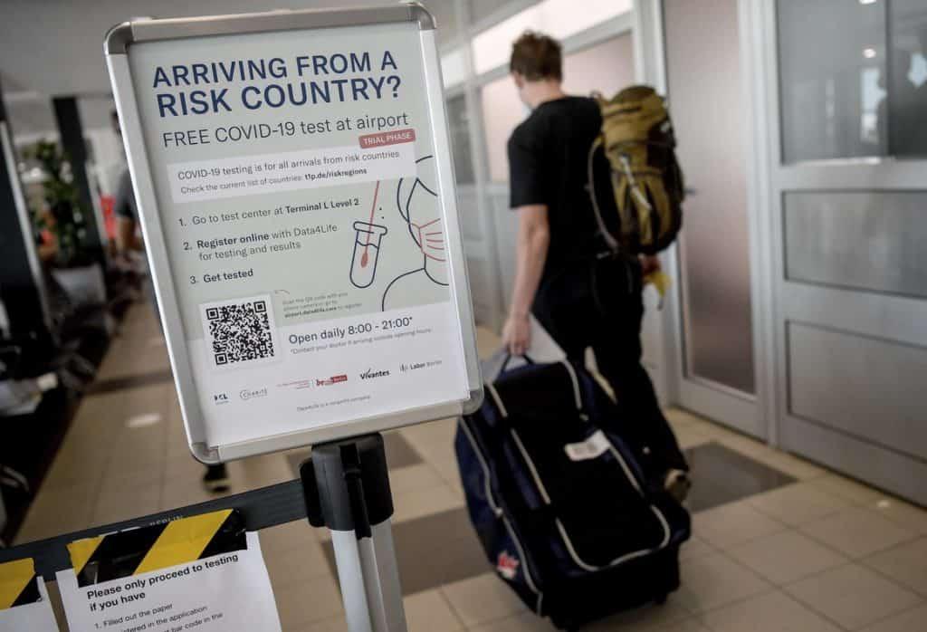 Nueva York: El aeropuerto LaGuardia ofrece pruebas de COVID-19 gratuitas y en las próximas semanas podrían implementarlo en el aeropuerto JFK