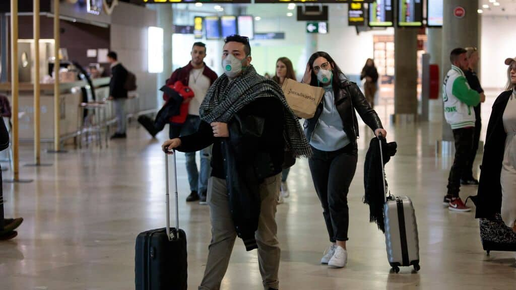 Nueva York El aeropuerto LaGuardia ofrece pruebas de COVID-19 gratuitas y en las próximas semanas podrían implementarlo en el aeropuerto JFK