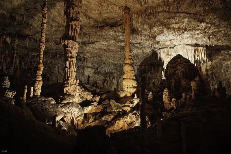 Cuevas del Drach 33753067940 24032267f7 c 1