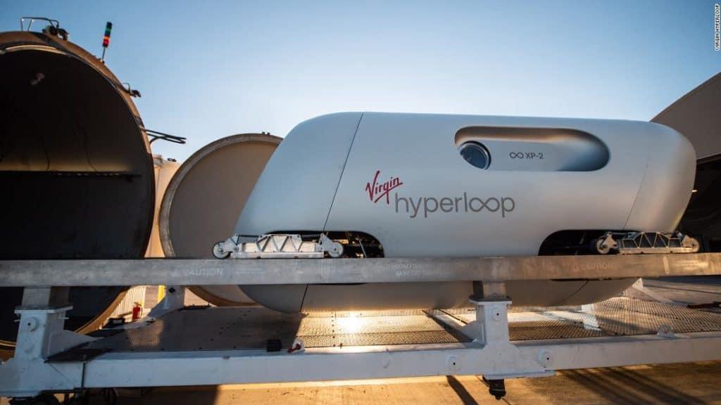 Virgin Hyperloop: se realizó el primer viaje de prueba de alta velocidad con pasajeros