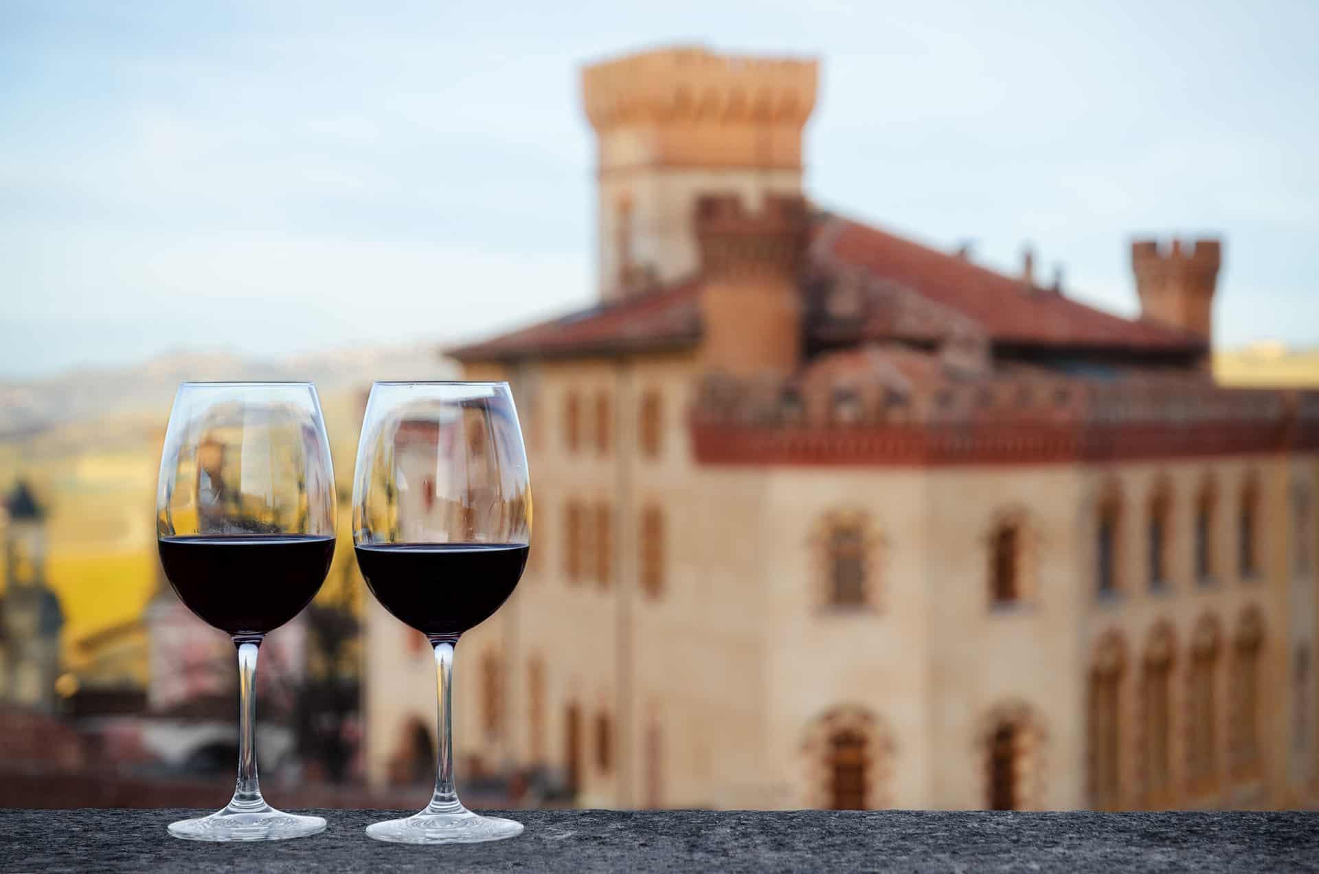 La localidad italiana de Barolo fue elegida como la Ciudad del Vino 2021