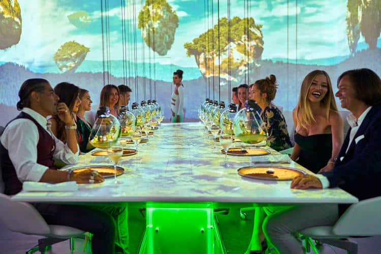 Combinación de tecnología, arte y comida: así es la experiencia en Sublimotion, el restaurante más caro del mundo que puedes conocer de visita por Ibiza