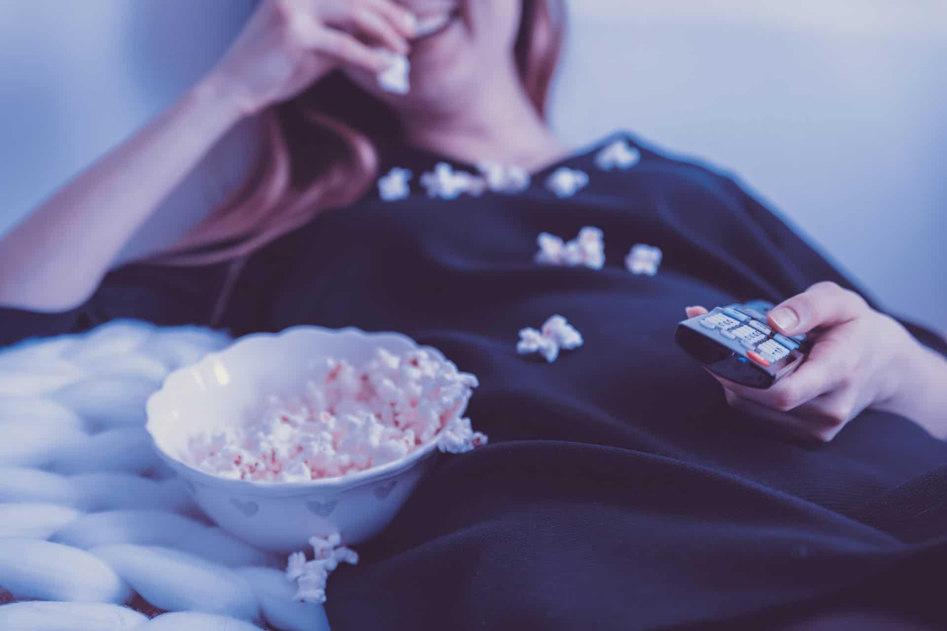 Una empresa busca a una persona para mirar 9 películas sobre viajes y le pagará 1000 dólares