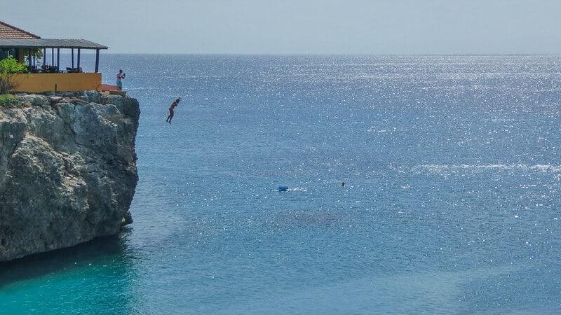 saltar al agua 30393478833 98c19c46c7 c 1