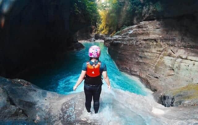 saltar al agua ina carolino GliD31bpAlc unsplash 1