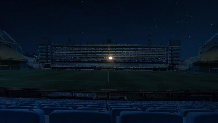 """La noche del """"10"""": Con aplausos y estadios con luces prendidas homenajearon a Diego Maradona"""