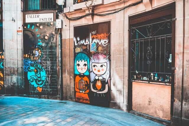 imagen mejores ciudades del mundo para ver arte urbano nastya dulhiier MikHtvDfewU unsplash 1
